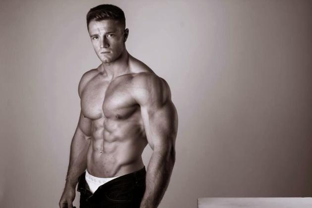 Alex Davies (11)