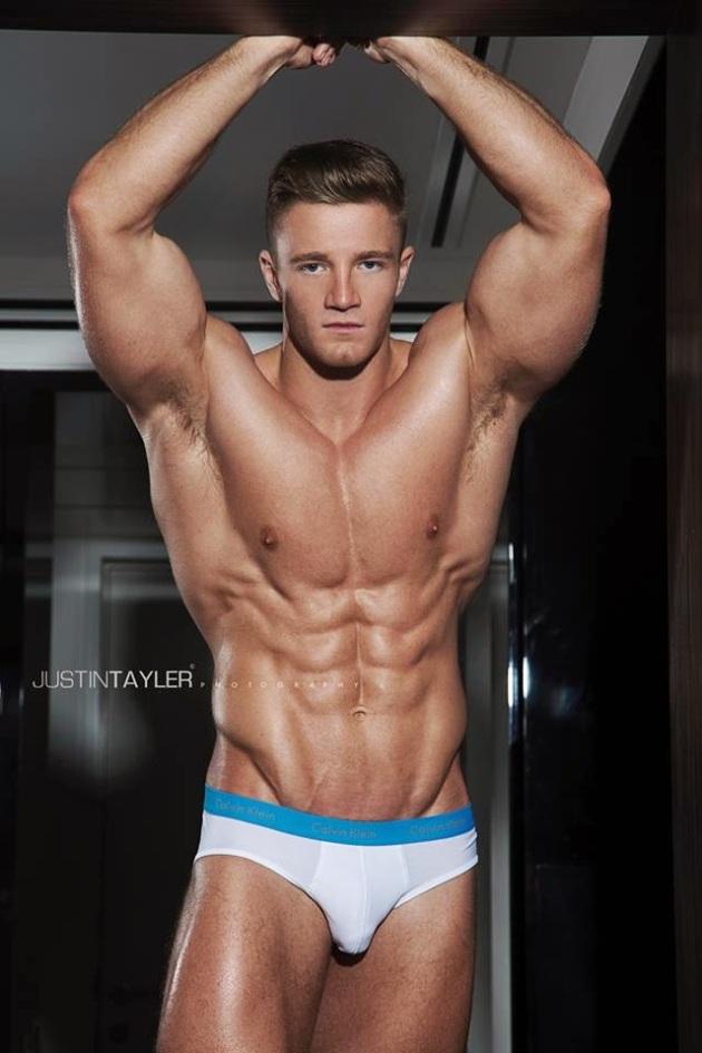 Alex Davies (7)