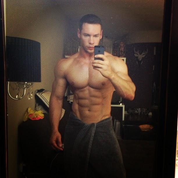 Anton Antipov (25)