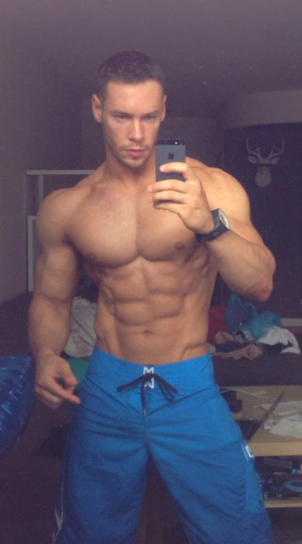 anton antipov shredded male aesthetic physiques