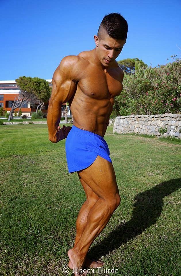 Borja Saura (31)