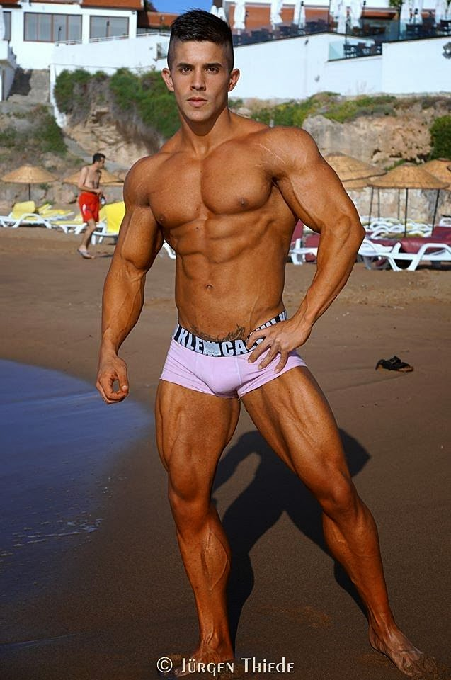 Borja Saura | SHREDDED male AESTHETIC physiques