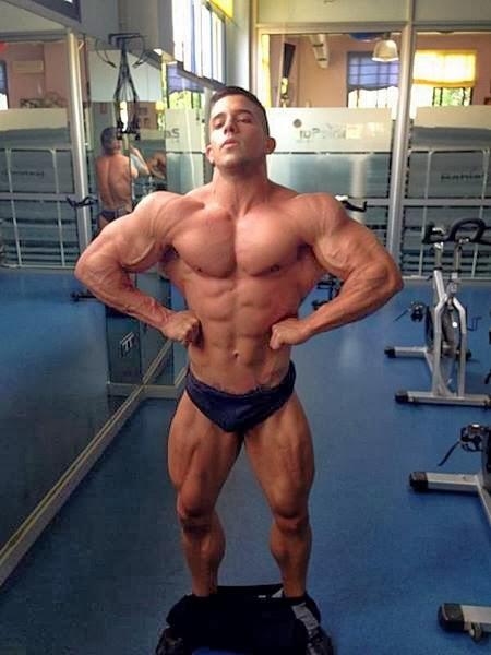 Borja Saura (51)