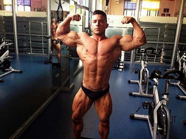 Borja Saura (52)
