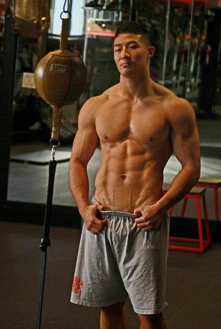 Dennis Chen (19)