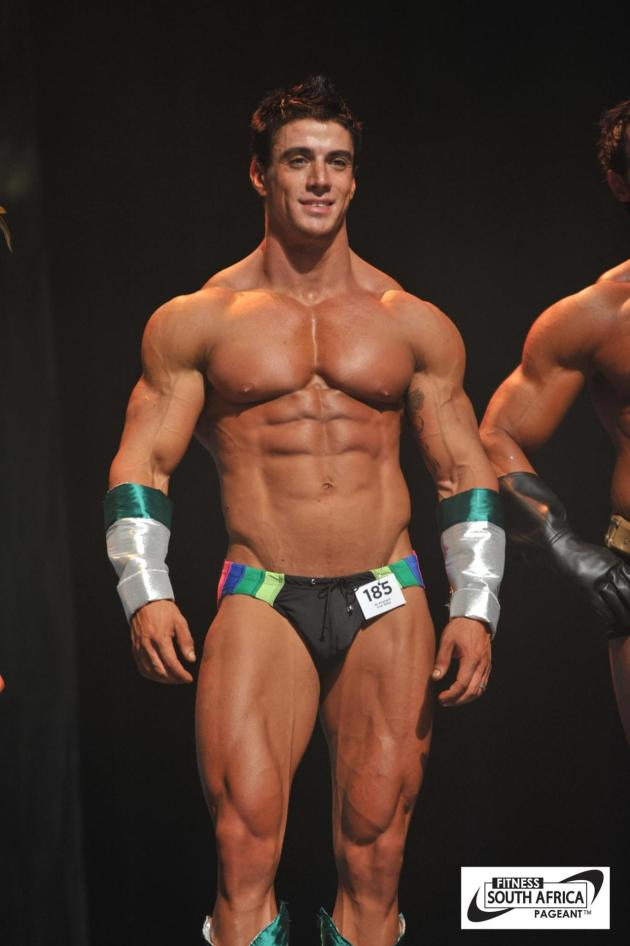 Jaco de Bruyn | SHREDDED male AESTHETIC physiques