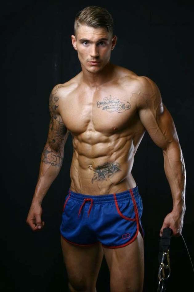 Owen Shredded Male Aesthetic Physiques
