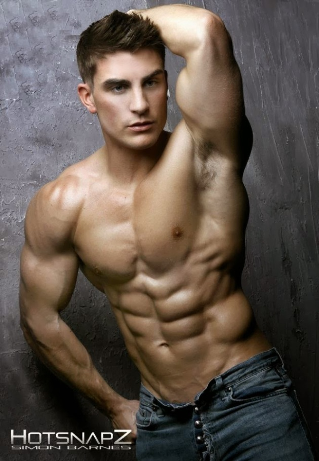 Zack McGuirk | SHREDDED male AESTHETIC physiques