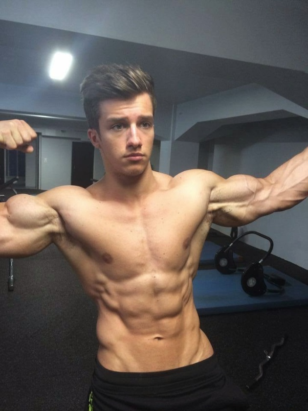 Tim Gabel | SHREDDED male AESTHETIC physiques