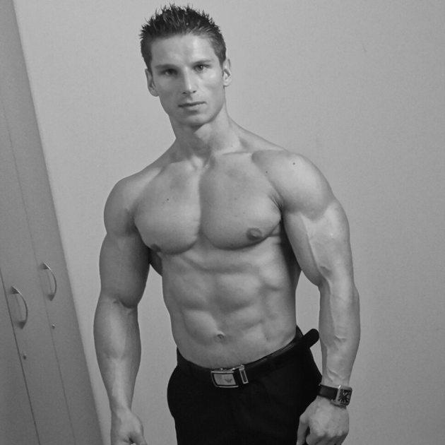 Tomas Tobiciar 22