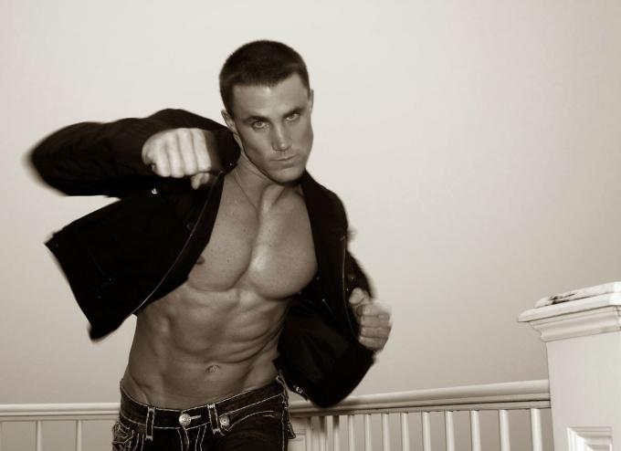 Greg Plitt (38)