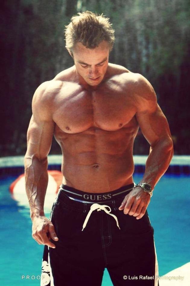 Rudi Strydom (24)
